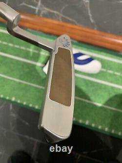 Scotty Cameron Newport 2 Button Back Circle T Putter With COA. Mint